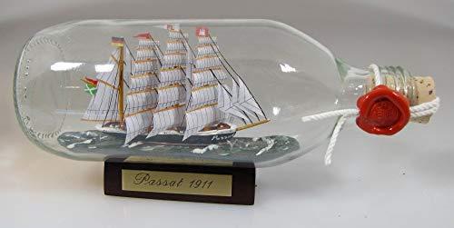 Passat runde Flasche 0,3 Liter Buddelschiff Museumsschiff Travemünde Flaschenschiff