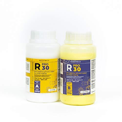 R PRO 30 es una goma de silicona, 100% segura, no tóxica, líquida endurecedora de platino, alta dureza resistencia al desgarro, fácil de usar (proporción de mezcla 1: 1) (500 g)