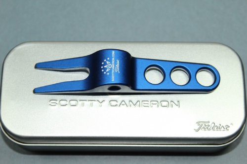 Scotty Cameron Titleist Golf Pivot Divot Tool with Tin Collectors Can - Blue
