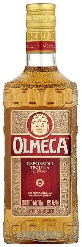 Olmeca Tequila Gold – Aromatischer Agavenbrand mit fruchtig-rauchiger Note – Mexikanischer Schnaps im Eichenfass gereift – 1 x 0,7 L
