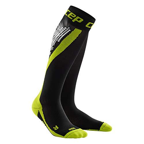CEP - Calcetines NIGHTTECH, calcetines de running con reflectores de color para mujer, verde, talla II, calcetines deportivos largos fabricados por medi para poder y seguridad en la oscuridad