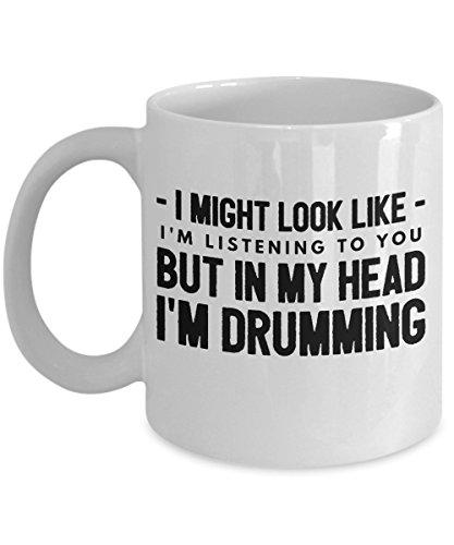 Divertido tambor jugando conjuntos de cosas tazas taza de café té regalos humor para él mujeres hombres colegas oficina deporte Loves I Might Look Like I am I'm Listening to You but in My Head Drummer