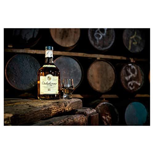 Dalwhinnie Highland Single Malt Scotch Whisky - 15 Jahre gereift - Aromen von Heidekraut und Honig - 1 x 0,7l - 7