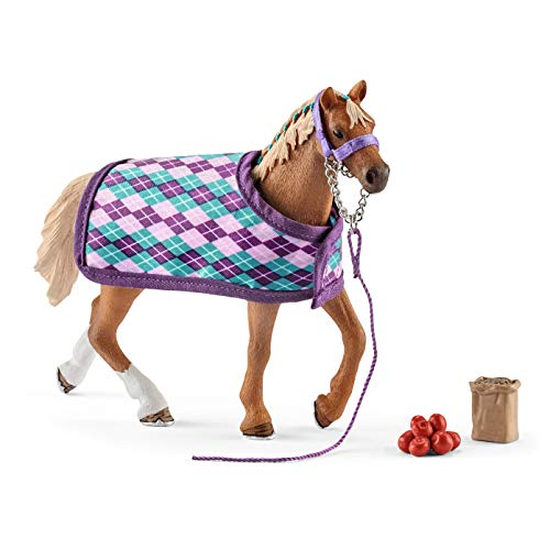 SCHLEICH- Figurine Pur-Sang Anglais avec Couverture Horse Club, 42360, Multicolore