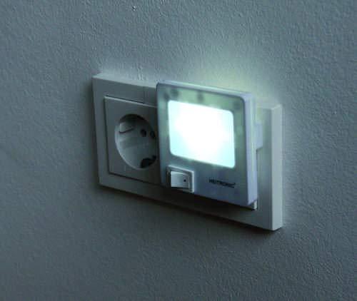 Heitronic 47202 A, Steckdosenleuchte, Kunststoff, weiß, 7 x 5,7 x 7 cm