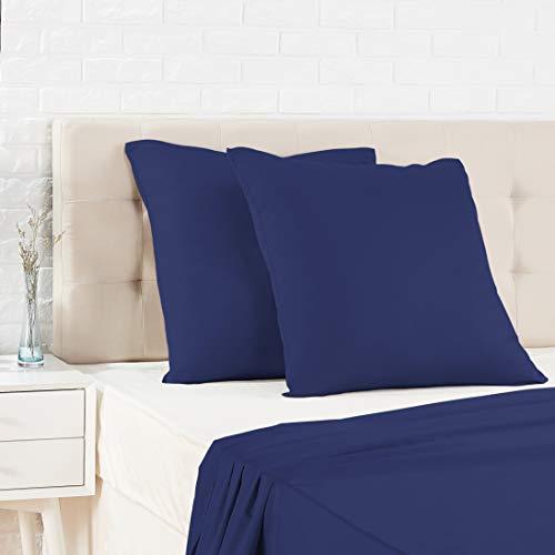 Amazon Basics Taie d'oreiller en satin - 65 x 65 cm x 2, Bleu foncé