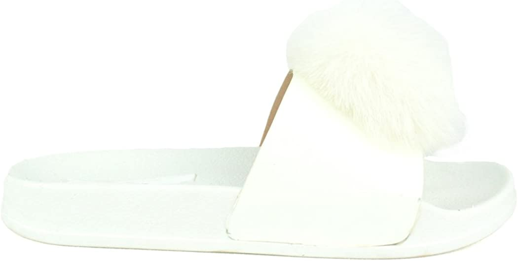 Chase & Chloe Furry-4 Fashion Flip Flop Flat with Pom Pom On Furry