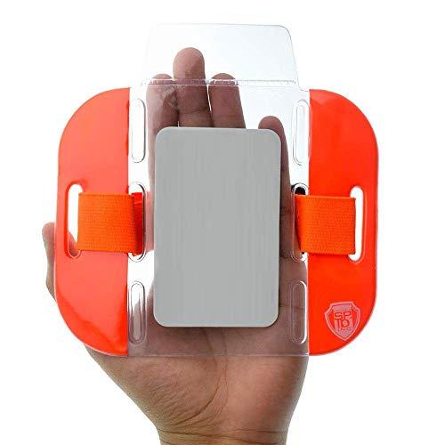 Inhaber eines Armband-ID-Kartenausweises...