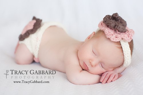 Layered Flower Diaper Cover and Headband Set Knitting Pattern - 3 Sizes...