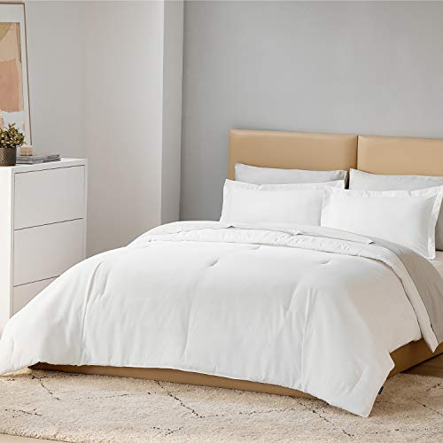 Bedsure White Comforter Set Twin Size Bed - All Season Bedding Comforter Sets with Luxury Jaquard Fabric and 100%VirginFiberFilling, 2 Piece DownComforterSets, 1 Comforter and 1 Pillow Sham