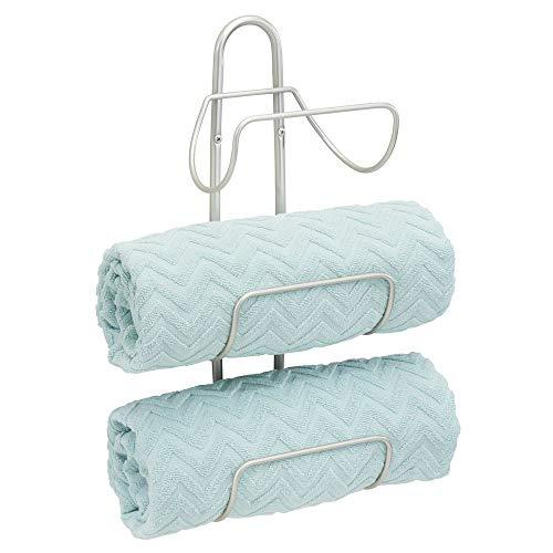 mDesign Estante toallero para montar en la pared – Estantería de baño en metal con 3 soportes – Elegante toallero de pared para guardar toallas de baño, de mano o manoplas...