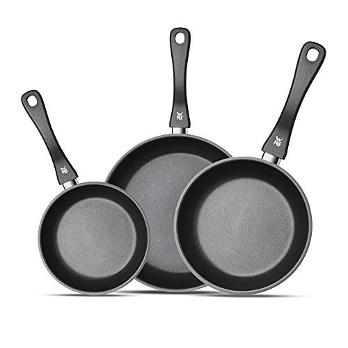 WMF Set de 3 sartenes Devil 20-24-28, con antiadherente para todo tipo de cocinas incluido inducción, acero inoxidable con recubrimiento antiadherente