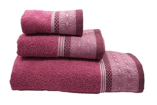 SusggO Juego de 3 Toallas para el Baño Fabricadas en Portugal. 100% algodón 450gr Cenefa Rombos Flor. Conjunto con 3 tamaños: 1 de Ducha-baño, 1 de Manos-Lavabo, 1 de tocador. (Rosa Rombo RR,450)