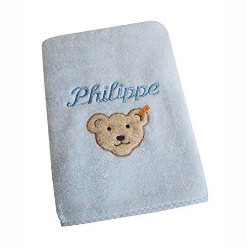Baby Handtuch mit Wunsch Namen in der abgebildeten Stickschrift bestickt, Steiff Collection hellblau 50 cm x 100 cm
