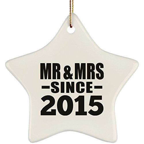 Designsify 5th Anniversary Mr & Mrs Since 2015 - Star Ornament Árbol de Navidad Adorno de Madera - Regalo para Cumpleaños, Aniversario, Día de Navidad o Día de Acción de Gracias