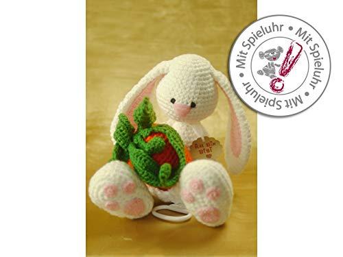 gehäkelter Hase mit Spieluhr für Kinder zu Ostern