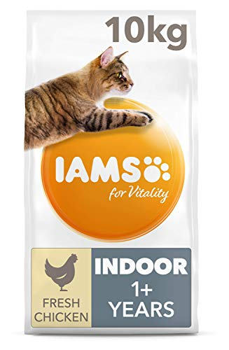 IAMS for Vitality Indoor Dry Cat Food with Fresh Chicken for Adult and Senior Cats, 10 kg
