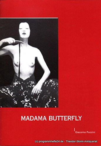 Programmheft Madama Butterfly. Japanische Tragödie in 3 Akten. Premiere in Passau: 28.09.2002. Premiere in Landshut: 18.10.2002. Spielzeit 2003 / 2003 - 02