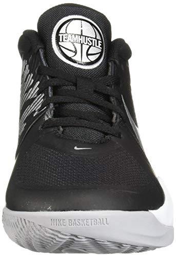 Nike Team Hustle D 9 (GS), Basketball Shoe, Black/Metallic Silver-Wolf Grey-White, 38 EU