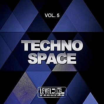 Techno Space, Vol. 5