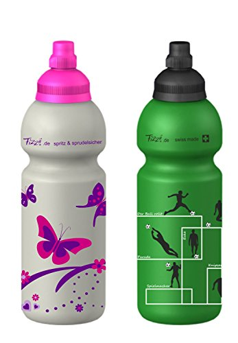 Fizzii 600ml Schmetterling 600ml Fussball, Spar-Set, Kinder Kunststoff Trinkflasche auslaufsicher bei Kohlensäure, schadstofffrei, spülmaschinenfest