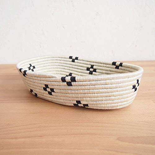 African Bread Basket- Maraba/Sisal and Sweetgrass/Woven Basket/Made in Rwanda/White, Black