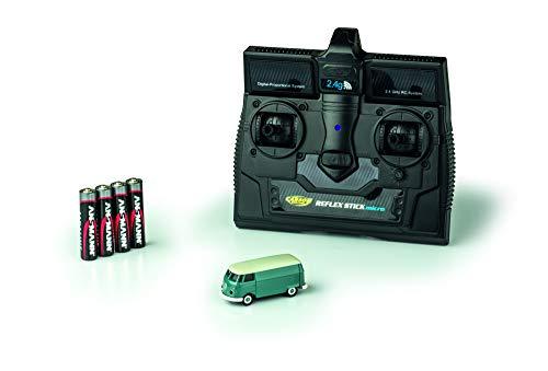 CARSON 500504118 - 1:87 VW T1 Bus Kastenwagen 2.4G 100{88857fcd0fd7183df9a6187af11d8156d8b23f82acc1e3af735385f81cd38eb4} RTR, Fahrfertiges Modell, 2.4 GHz Fernsteuerung mit Ladeanschluss, inkl. 4xAAA Senderbatterien, mit LED Beleuchtung, Anleitung