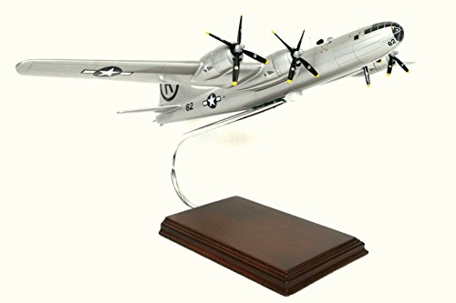 Mastercraft Collection Boeing B-29 'Enola Gay' Model Scale:1/72