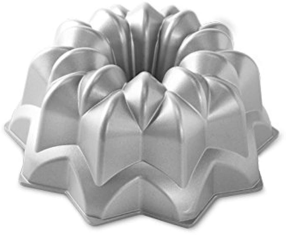Nordic Ware 53137 Vintage Star Bundt Cake Pan QuotL X 9 67 QuotW X 3 9 Quoth Silver
