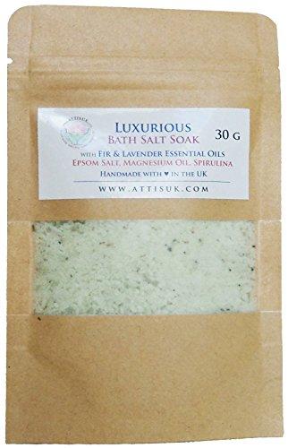 ATTIS - Lussuoso sale da bagno in ammollo con oli essenziali di abete e lavanda, olio di magnesio, sale Epsom, Spirulina, vegano, fatto a mano, rilassante, rinfrescante, calmante (30 g)
