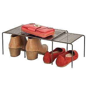 mDesign Estante zapatero con dos partes – Práctico organizador de zapatos de metal para ampliar la capacidad de almacenaje en el pasillo – Balda extensible y antideslizante – color bronce