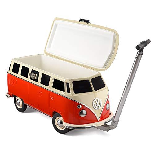 VW Camper Kühlbox in trendigem Rot 26l - detailliertes Retro-Volkswagen Sammlerstück – isolierter Flaschenkühler auf Rädern in VW Bulli-Design mit Kultstatus - große Kühltasche für Speisen & Getränke