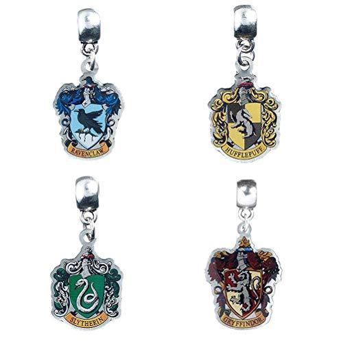 Harry Potter Anhängerset 2 4-teilig, silberfarben, aus Metall, auf Backerkarte.