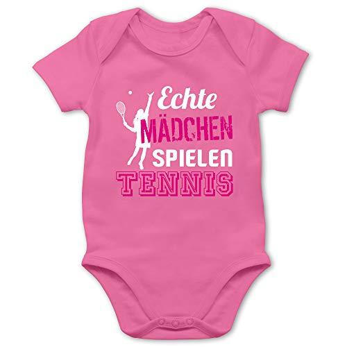 Sport Baby - Echte Mädchen Spielen Tennis - 1/3 Monate - Pink - Baby 18 Monate - BZ10 - Baby Body Kurzarm für Jungen und Mädchen