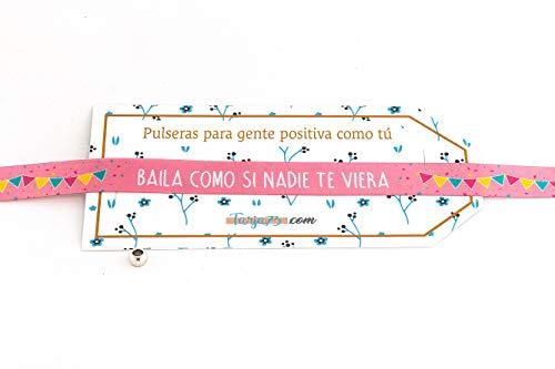 Pulseras de tela con frases molonas: BAILA COMO SI NADIE DE VIERA. Color rosa | Presume y punto | Regalo original