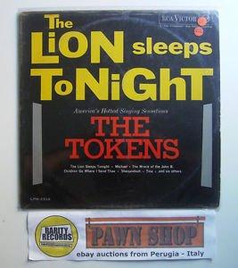 The Lion sleeps tonight LP RCA VICTOR LPM 2514 Italy 1962 G+/G+