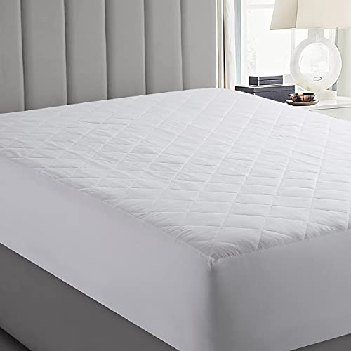 Yorkshire Bedding Quilted Mattress Protectors King Size 30 CM Extra Deep Anti Allergy Microfiber Fitted Mattress Cover (153 x 202 Cm)