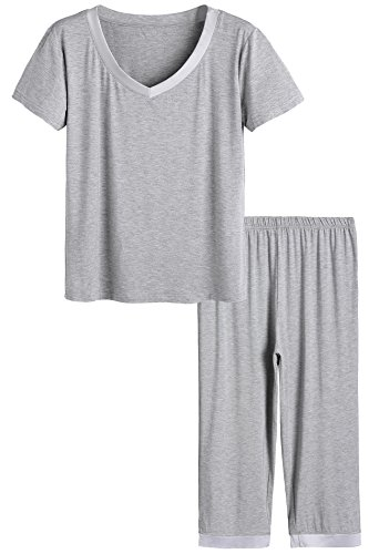 Latuza Women's Sleepwear Tops with Capri Pants Pajama Sets M Light Gray