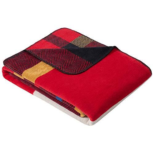 s.Oliver Karierte Kuscheldecke 150x200 cm - Karo Decke Marine rot, Sofadecke aus kuschelweicher und pflegeleichter Baumwollmischung