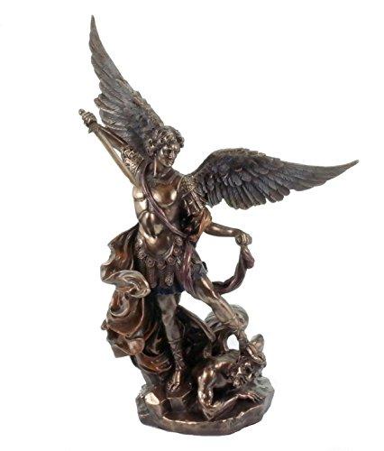 Figur Erzengel Michael bekämpft das Böse Bronzeoptik