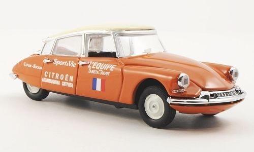 Citroen ID 19, Paris - Moskau , 1957, Modellauto, Fertigmodell, Rio 1:43