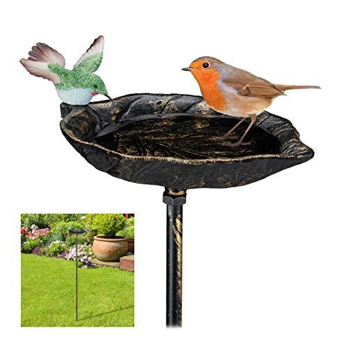 Relaxdays Gusseisen Vogeltränke zum Stecken, mit Erdspieß, Gartendeko, Vogelfutterstelle, Wasserschale 1m hoch, bronze