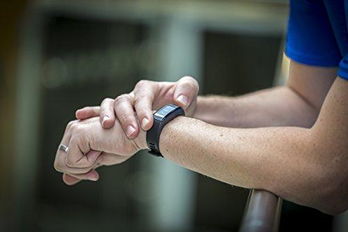 Garmin vívosmart HR Fitness-Tracker – integrierte Herzfrequenzmessung am Handgelenk, Smart Notifications, Schwarz, M – L (13,7-18,8 cm) - 5