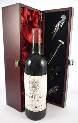 Chateau Grand Pontet 1961 St Emilion in einer mit Seide ausgestatetten Geschenkbox, da zu 4 Weinaccessoires, 1 x 750ml