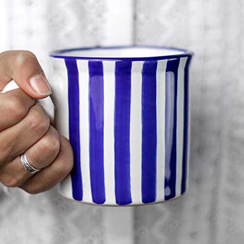 City to Cottage® Cerámica en Azul Marino a Rayas | Hecha y Pintada a Mano | Cerámica Extra Grande Esmaltada 17.5oz/500ml | Taza Grande Tazón con Asa para Chocolate Caliente Café Té | Regalo