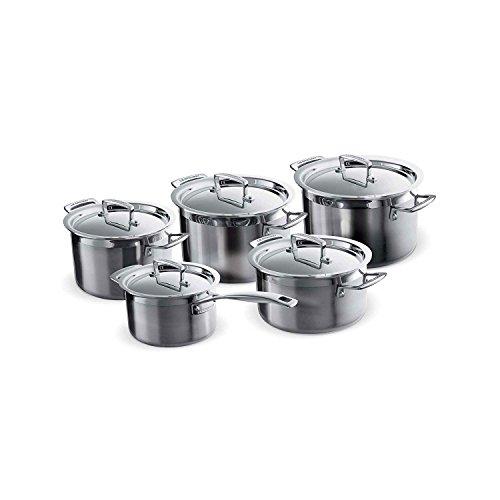 Le Creuset 3 Ply Batería de cocina con tapas a medida, 10 piezas, 3 Ollas, 1 Cacerola, 1 Cazo, Acero inoxidable, Volumen 2.3, 4.0, 6.0, 3.0, 1.9 L, Para todo tipo de fuentes de calor, Metálico