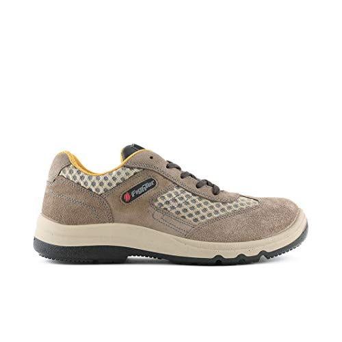 Fighter Specialized in the worst land Isaia Beige Size: 40 EU