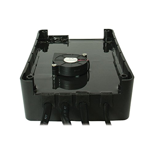 Powermania Turbo M320V2 waterproof battery charger (Triple Bank, 20A)