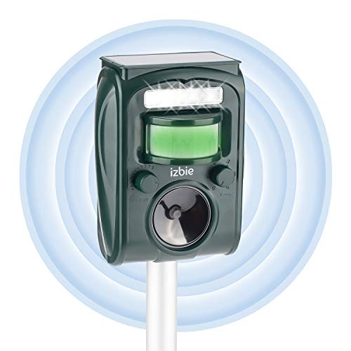 izbie Z1 Solar Animal Repeller - Squirrel Repellent, Cat Deterrent, Cat Repellent Outdoor, Dog Repellent, Deer Repellent, Raccoon Repellent, Skunk Repellent, Animal Repellent for Garden - Green