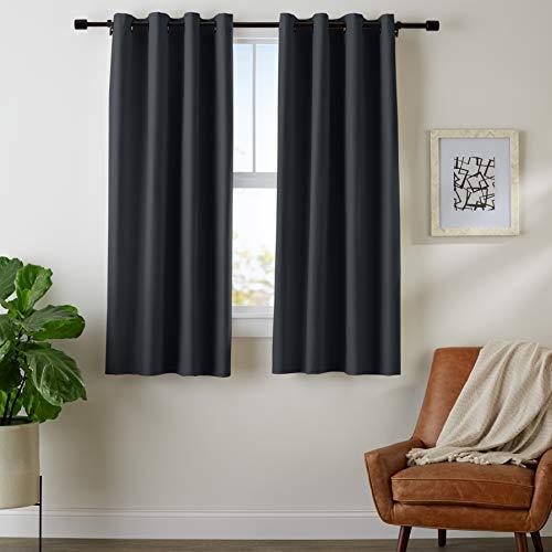 AmazonBasics Juego de cortinas para bloqueo de luz y aislamiento térmico, con ojales y alzapaños, 132 x…
